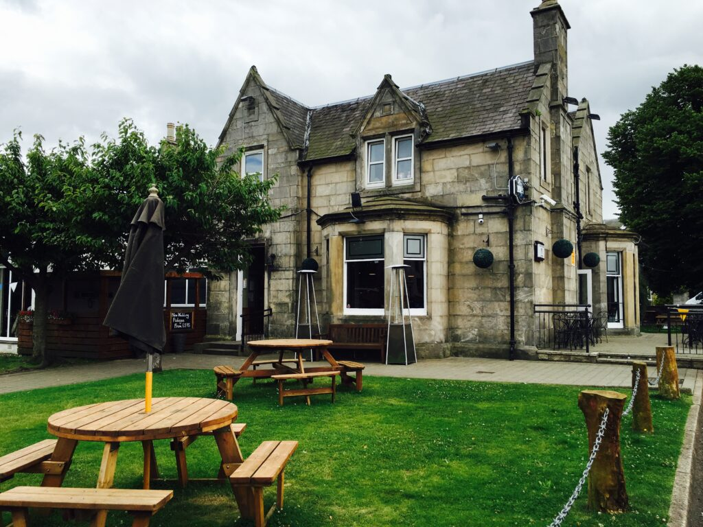 Ravelston House Musselburgh hotel exterior and gardens and wedding venue