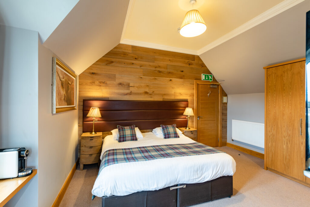 Ravelston House Musselburgh hotel guest double bedroom